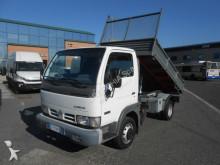 dostawcza wywrotka trójstronny wyładunek Nissan