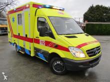 Mercedes Kranken-/Rettungswagen