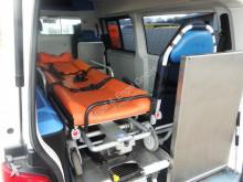 Volkswagen T5 Transporter 2.5 TDI Rettungswagen - LIEGE KLI