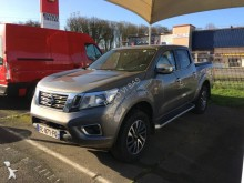 voiture pick up Nissan