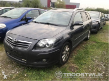 véhicule utilitaire Toyota Avensis