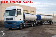 ciężarówka z przyczepą MAN