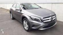 véhicule utilitaire Mercedes