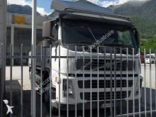 otra furgoneta Volvo