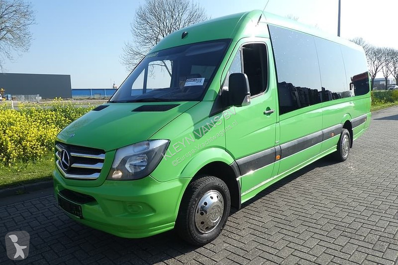 Voir les photos Véhicule utilitaire Mercedes 516 CDI 23 seater minibus au