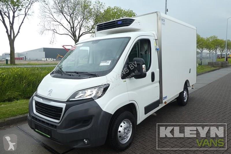 Voir les photos Véhicule utilitaire Peugeot 130 HDI FRIGO koelbak, d/n.