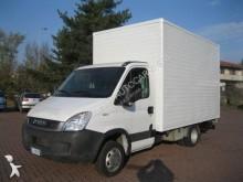 лекотоварен фургон Iveco