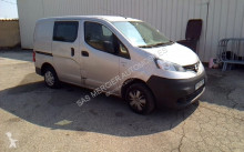 veículo utilitário Nissan