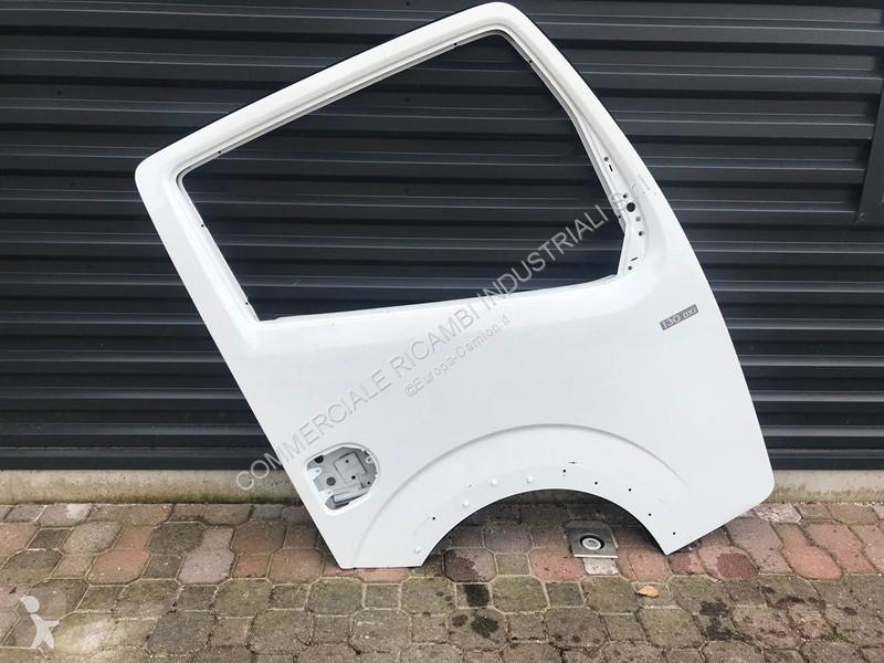 nouveau design nouveau produit regarder Ricambio Nissan carrozzeria Cabstar usato - n°3307793