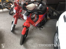 Furgoneta Honda AB25/Wallaroo