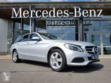 coche berlina Mercedes