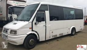 furgoneta Iveco