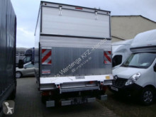 Renault curtainside van