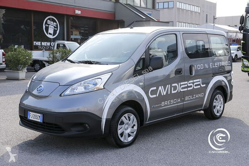 Used Nissan Transporter