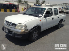 coche pick up Nissan