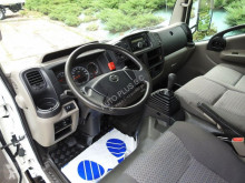 fourgon utilitaire Nissan
