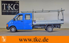 carro berlina Volkswagen