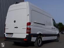 Mercedes Fourgon utilitaire