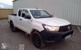 pojazd dostawczy Toyota