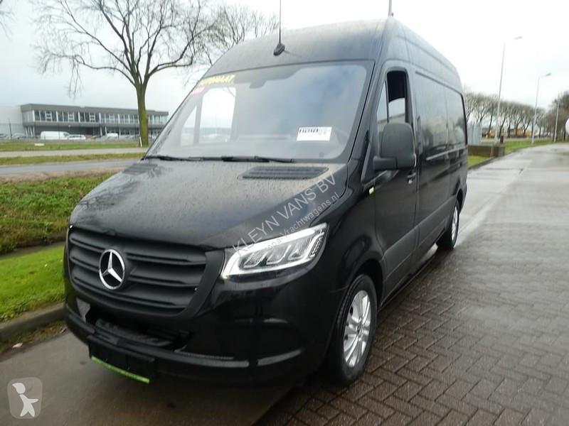 View images Mercedes 316 CDI full option l2h2 van