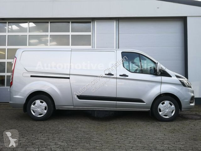 Ver as fotos Veículo utilitário Ford Transit Custom KaWa 170 L2 Trend AUT KAM AHK