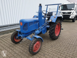 landbrugstraktor veterantraktor grubevogn ikke oplyst