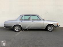 automobile berlina BMW