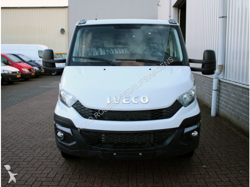 tweedehands cabine chassis iveco daily 35s17 3 0 hpt airco 375 chassis cabine ni n 1976623. Black Bedroom Furniture Sets. Home Design Ideas