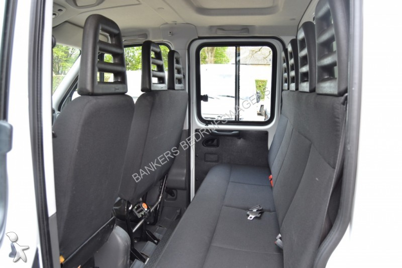 tweedehands cabine chassis iveco daily 35 s 15 pick up dubbele cabine huifopbouw n 1647316. Black Bedroom Furniture Sets. Home Design Ideas