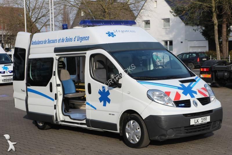 used renault trafic ambulance l2h2 dci 150 cv 4x2 n 1909339. Black Bedroom Furniture Sets. Home Design Ideas