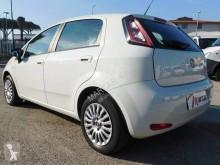 Voir les photos Véhicule utilitaire Fiat Punto Van