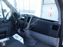 Voir les photos Véhicule utilitaire Mercedes Sprinter  515 CDI 4X4 Rettungswagen - KLIMA Kran