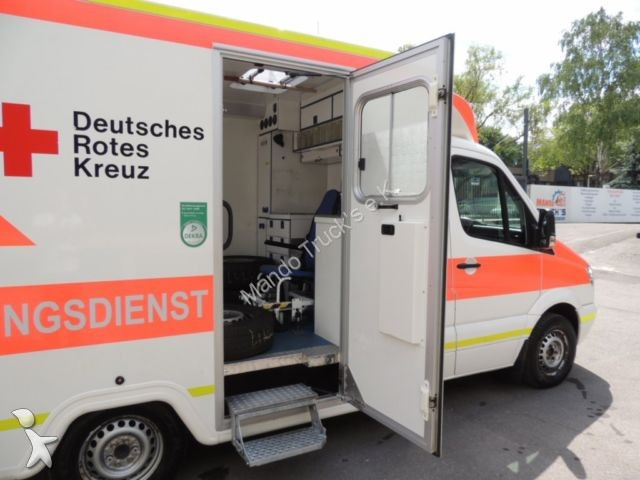 ambulance mercedes sprinter 315 cdi euro 5 rettungswagen occasion n 2054574. Black Bedroom Furniture Sets. Home Design Ideas