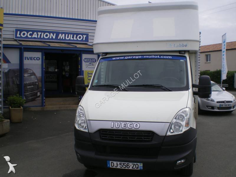 furgone iveco daily 35c15 gasolio usato n 1310264. Black Bedroom Furniture Sets. Home Design Ideas