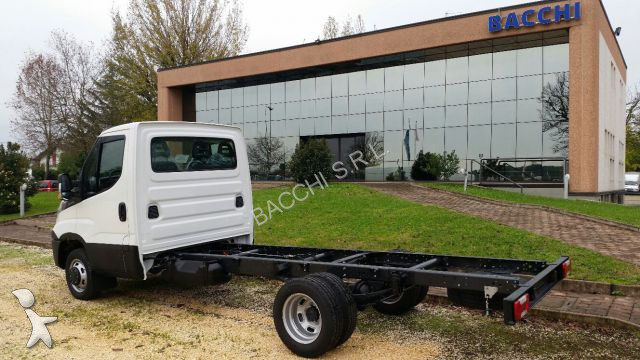 utilitaire ch ssis cabine iveco daily 35c15 neuf n 1680793. Black Bedroom Furniture Sets. Home Design Ideas