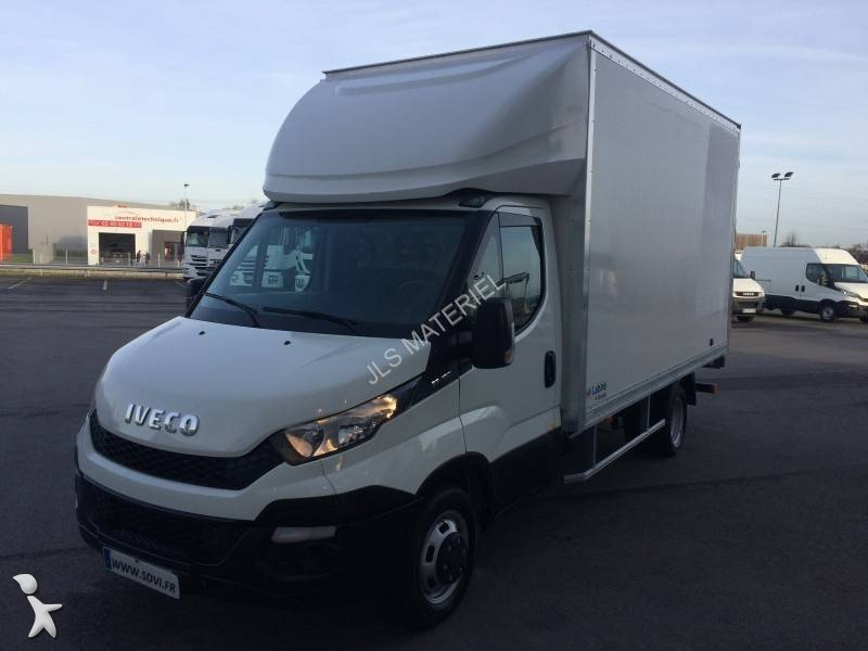 fourgon utilitaire iveco daily 35c15 4x2 gazoil hayon occasion n 1928359. Black Bedroom Furniture Sets. Home Design Ideas