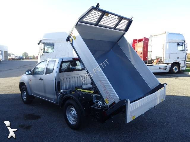 utilitaire benne isuzu d max space satellite 4x4 gazoil neuf n 1974853. Black Bedroom Furniture Sets. Home Design Ideas