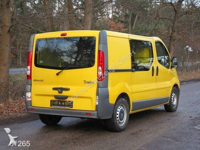 fourgon utilitaire renault trafic t29 2 5 dci 145 l1h1 occasion n 1981370. Black Bedroom Furniture Sets. Home Design Ideas