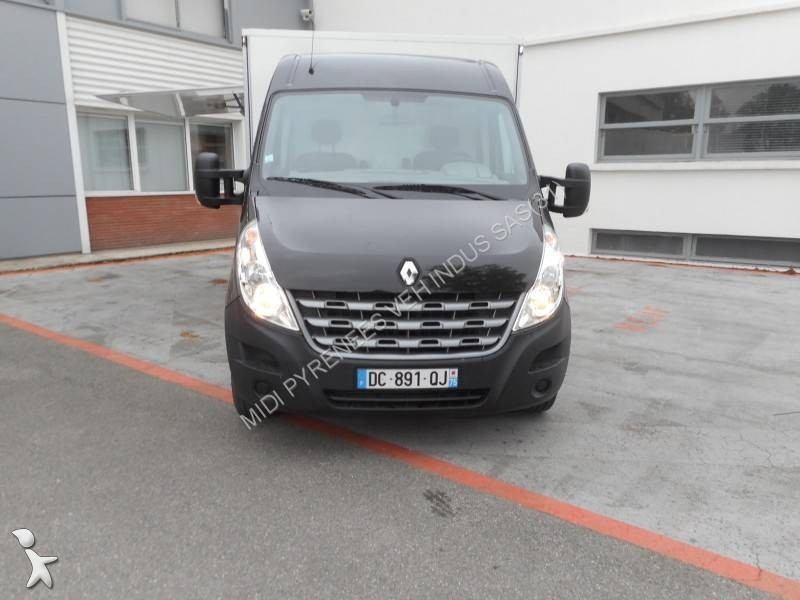 utilitaire magasin occasion renault master. Black Bedroom Furniture Sets. Home Design Ideas