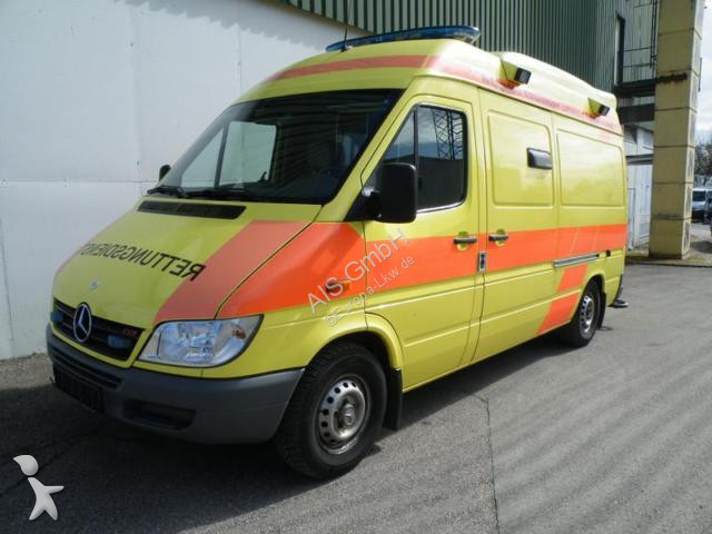 ambulance mercedes sprinter 316 cdi rettungswagen ambulance klima occasion n 2206971. Black Bedroom Furniture Sets. Home Design Ideas