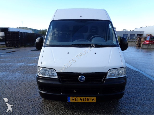 used fiat ducato cargo van 18 2 8 jtd 370 gran volume manual diesel n 2247811. Black Bedroom Furniture Sets. Home Design Ideas