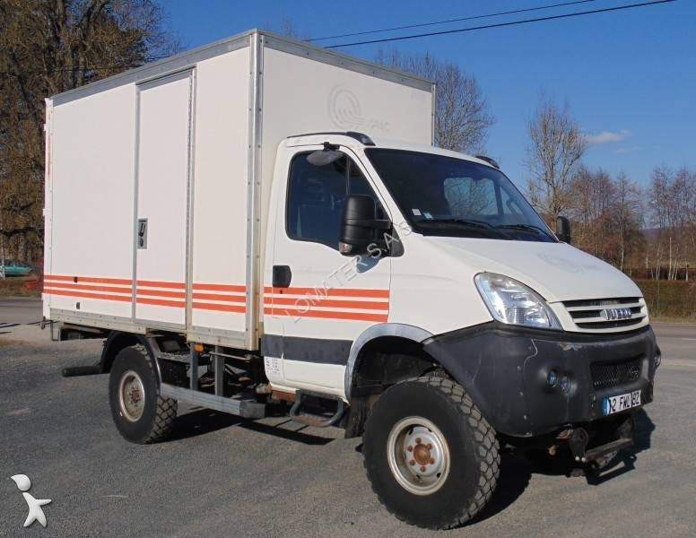 fourgon utilitaire iveco daily 55s18w 4x4 gazoil occasion. Black Bedroom Furniture Sets. Home Design Ideas