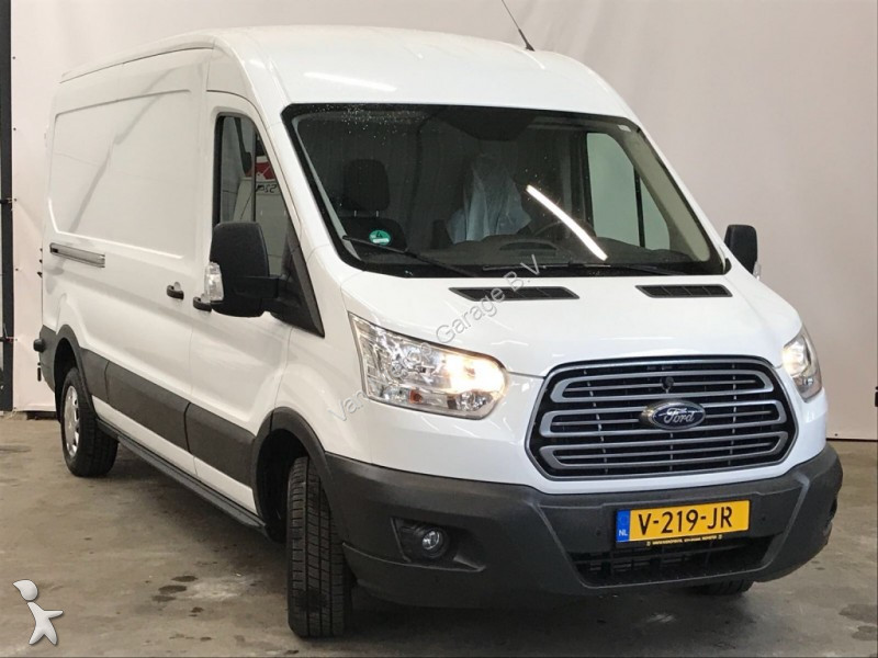 utilitaire caisse grand volume ford transit l2h2 airco occasion n 2404155. Black Bedroom Furniture Sets. Home Design Ideas