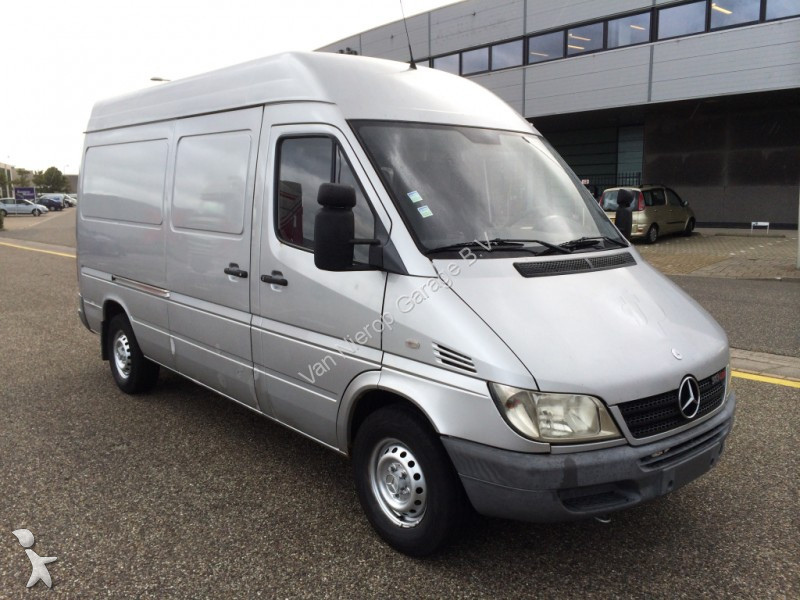 fourgon utilitaire mercedes sprinter 313 cdi l2 h2 occasion n 2404215. Black Bedroom Furniture Sets. Home Design Ideas