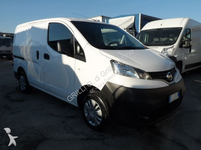fourgon utilitaire nissan nv200 diesel 1 5 dci 90cv occasion n 2479725. Black Bedroom Furniture Sets. Home Design Ideas