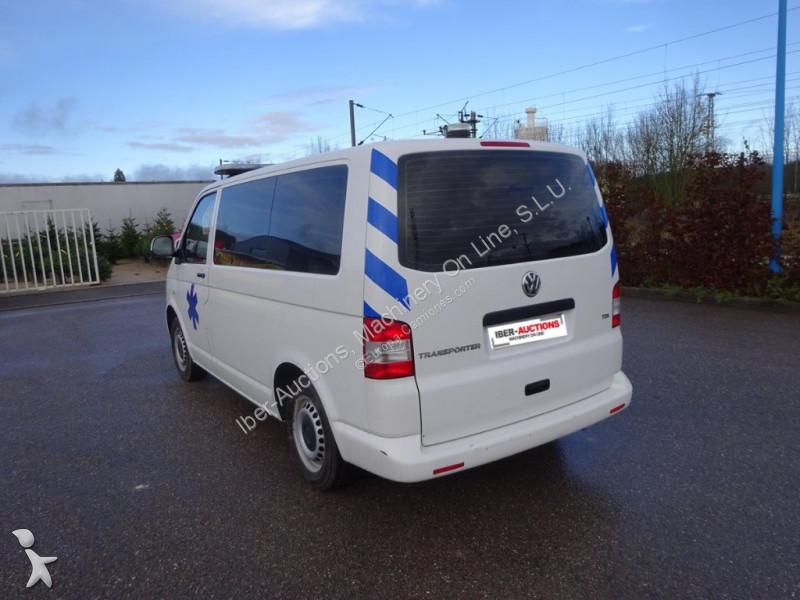 ambulance volkswagen t5 ambulancia dsg7 2012 occasion n 2486533. Black Bedroom Furniture Sets. Home Design Ideas