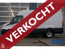View images Iveco 35C18V Hi-Matic van
