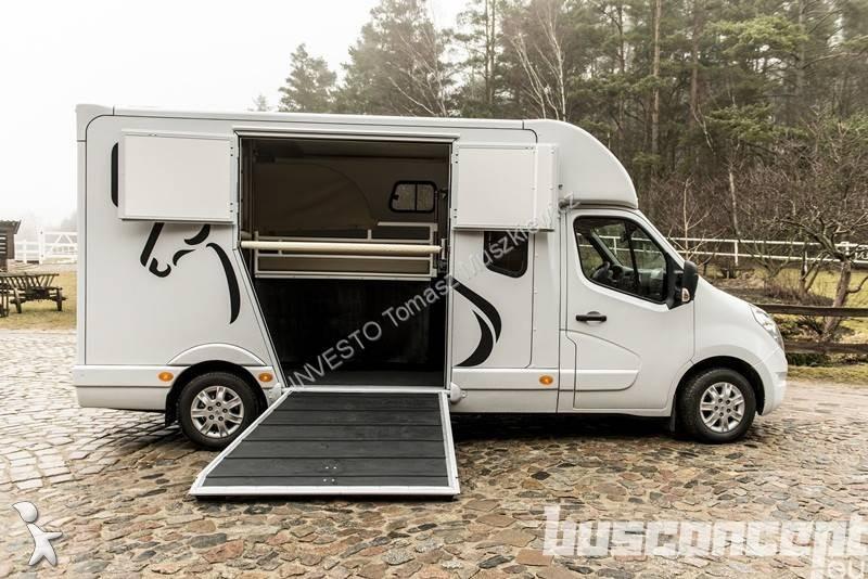 neu renault master pferdetransporter 2 3 dci 4x2 diesel. Black Bedroom Furniture Sets. Home Design Ideas