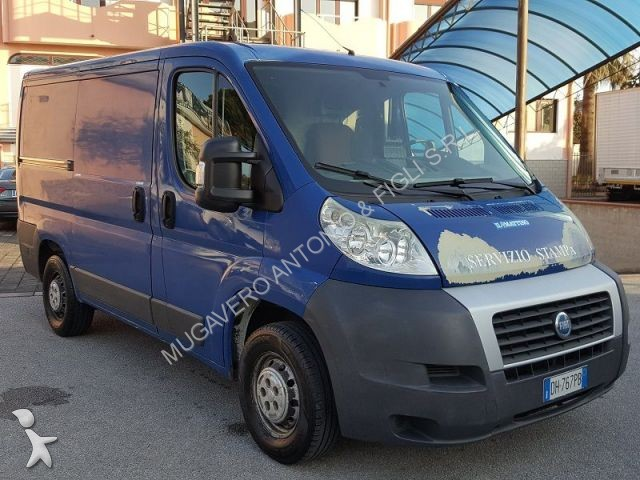 fourgon utilitaire fiat ducato occasion n 1885719. Black Bedroom Furniture Sets. Home Design Ideas