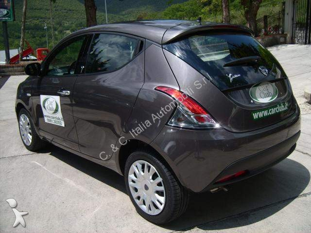 voiture lancia break ypsilon 1 3 mjt 16v 95 cv 5p s s occasion n 1927558. Black Bedroom Furniture Sets. Home Design Ideas